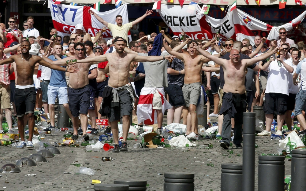 Engelse supporters in Marseille
