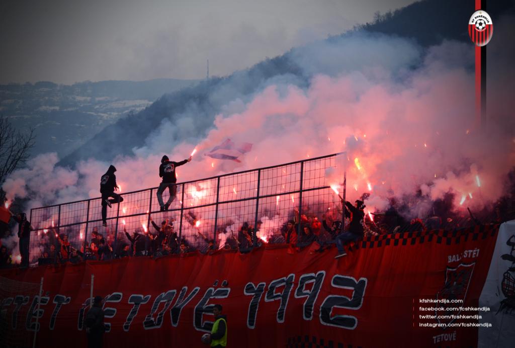 FK Shkendija ultras met pyro