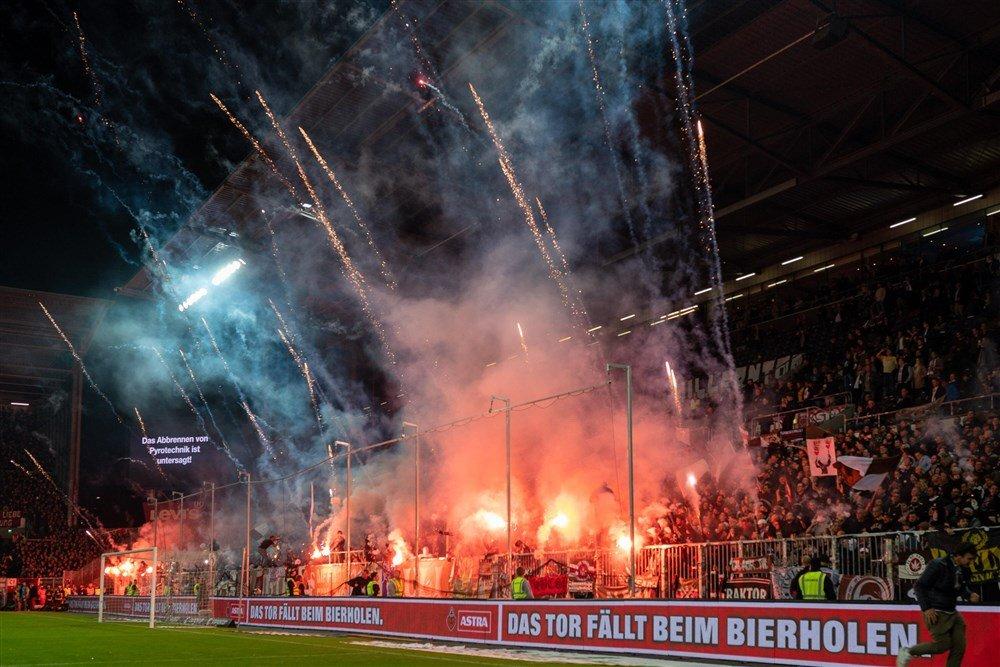 Sankt Pauli - In de Hekken