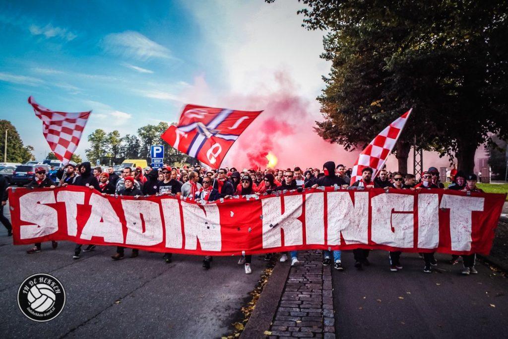 In de Hekken - een voetbalreis door Europa