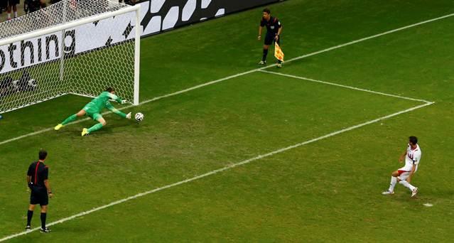 Krul pakt de strafschop van Costa Rica