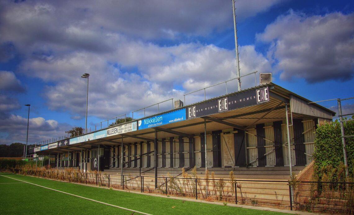 Het kleine stadion van Achilles