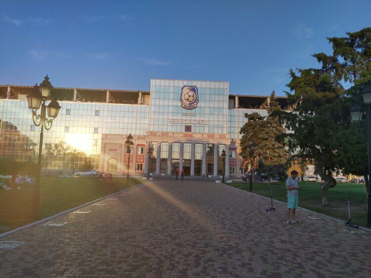 Het stadion van Chernomorets Odessa.